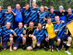 Mannschaftsbild TSV Sulzberg Aufstieg in die Bezirksliga